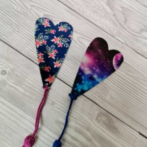 tealfoxdesigns.co.uk - heart bookmarks